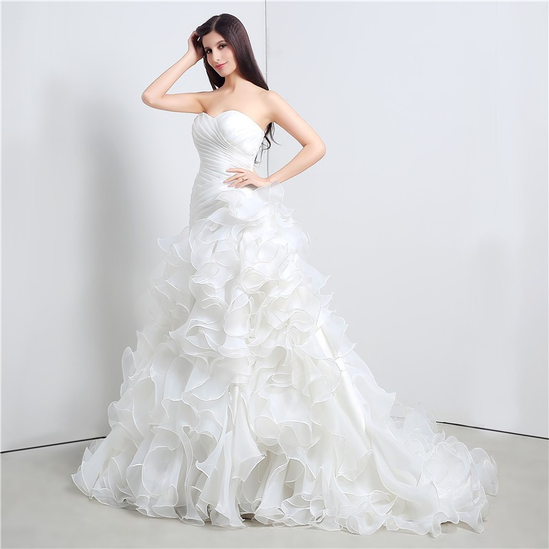 Sweetheart Cascading Ruffles Mermaid Wedding Dress 4