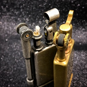 Image 4 - JIFENG encendedores de latón retro para hombre, mechero de gasolina de colección antigua, regalo, 27X61mm