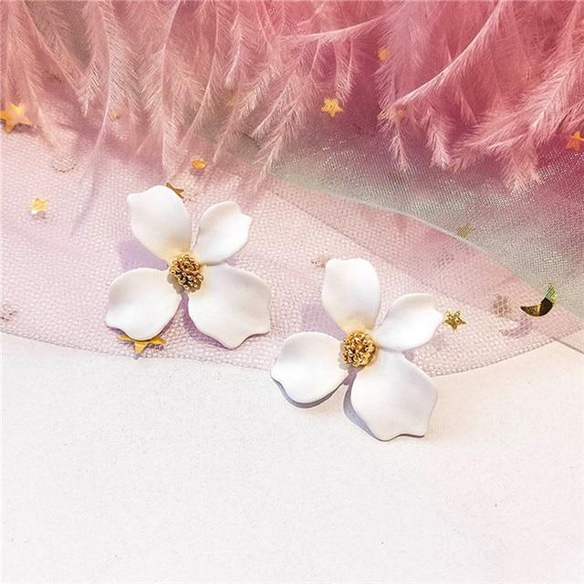 Sweet Korean Style Spray Paint Charm Jewelry Flower Ear Stud Earrings