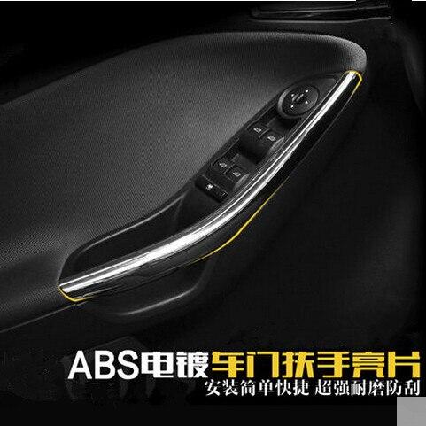 Prix pour Car styling porte intérieure couvercle accoudoir de chrome garniture pour Ford Focus 3 2012 2013, auto pièces accessoires, 2 pcs/lot