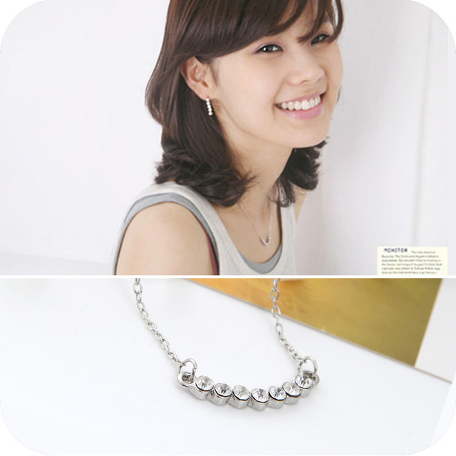2016 New Female Fashion Silver Plated Crystal Choker Necklace Jewelry Smile Little Star Pendant Necklace Manufacturers Wholesale