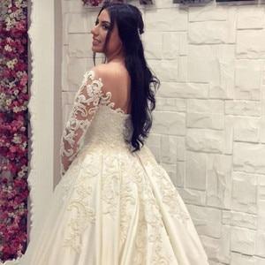 Image 4 - Saudi Arabisch Spitze Ballkleid satin Hochzeit Kleider Langen Ärmeln Scoop neck Brautkleider Kathedrale Zug Plus Größe Hochzeit kleid