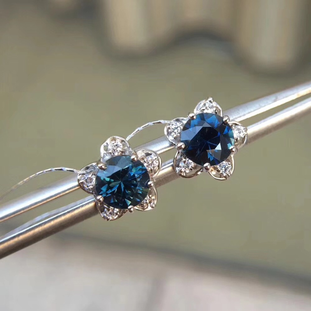 18K White Gold earring Free shipping Natural real sapphire stud earrings 5.5mm 2pcs Gem
