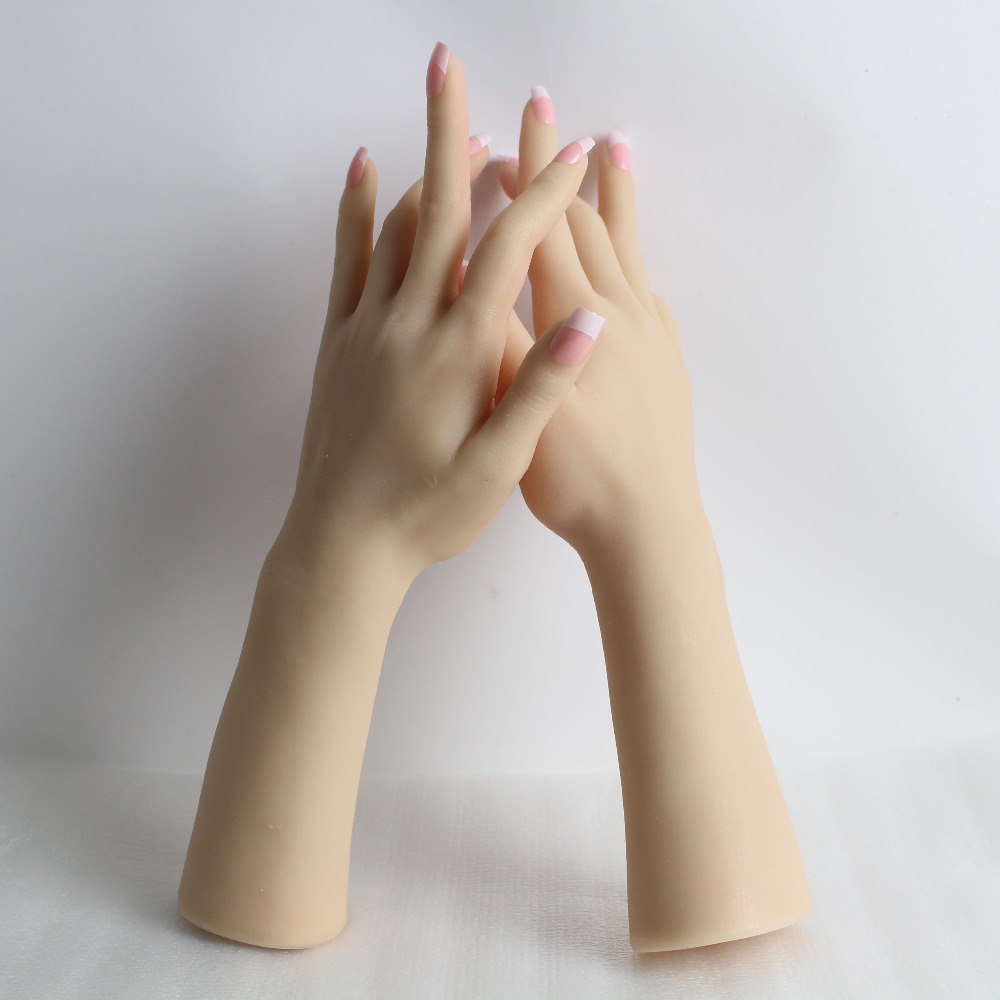 Realistico Femminile Molle Del Silicone Flessibile Mannequin Mano Anello Braccialetto E Guanto Display-in Manichini da Casa e giardino su  Gruppo 1