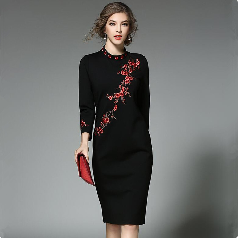 שזיף חדש רקום חורף נשים שמלות 2017 Vestidos אוקראינה גבירות Jurk Kerst Robe Femme שמלה שחורה ירך חבילת נשים