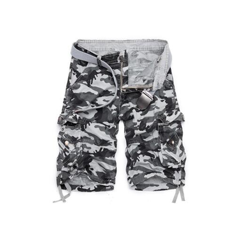 Hot 2020 New Camouflage Loose Cargo Shorts Men Cool Summer Military Camo Short Pants Hot Sale Homme Cargo Shorts No Belt 29-40