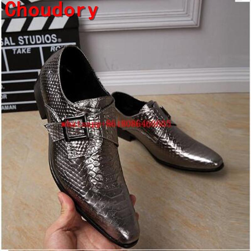 Chaussure Homme Stile Britannico Del Cuoio Genuino Scarpe di Pelle di  Coccodrillo Scivolare Su Pattini di Vestito Oro Uomini Formale Mens Scarpe  Italiane ... 276ab0c47cf