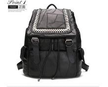 2017 новый случайный овчины рюкзак опрятный стиль мешок школы леди натуральная кожа черная сумка заклепки панк стиль рюкзак