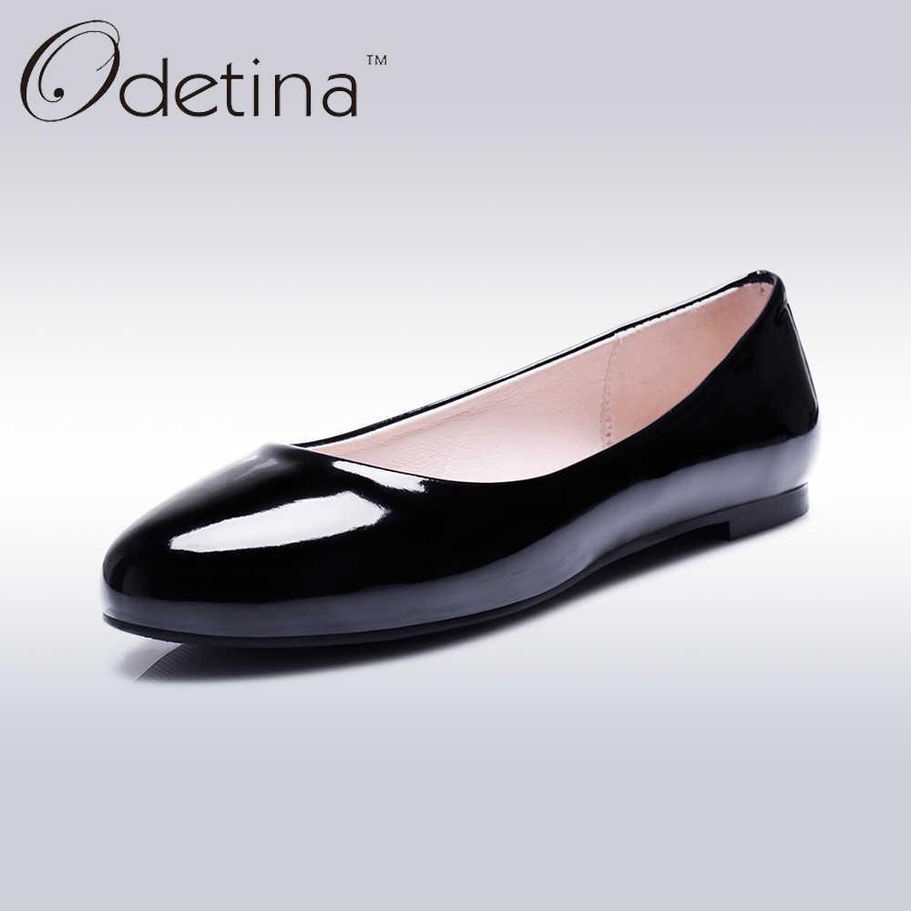 Odetina 2018แฟชั่นฤดูร้อนสุภาพสตรีแฟลตบัลเล่ต์รองเท้าผู้หญิงรองเท้าไม่มีส้นOnsสลิประบำแบนหนังสิทธิบัตรรอบนิ้วเท้าขนาดใหญ่52