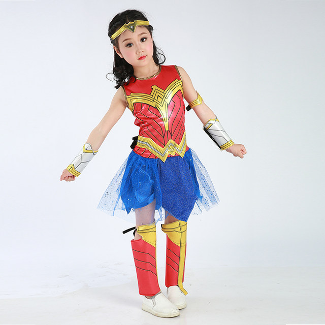 Wonder Woman Cosplay Superheroes Pictures-pic7862