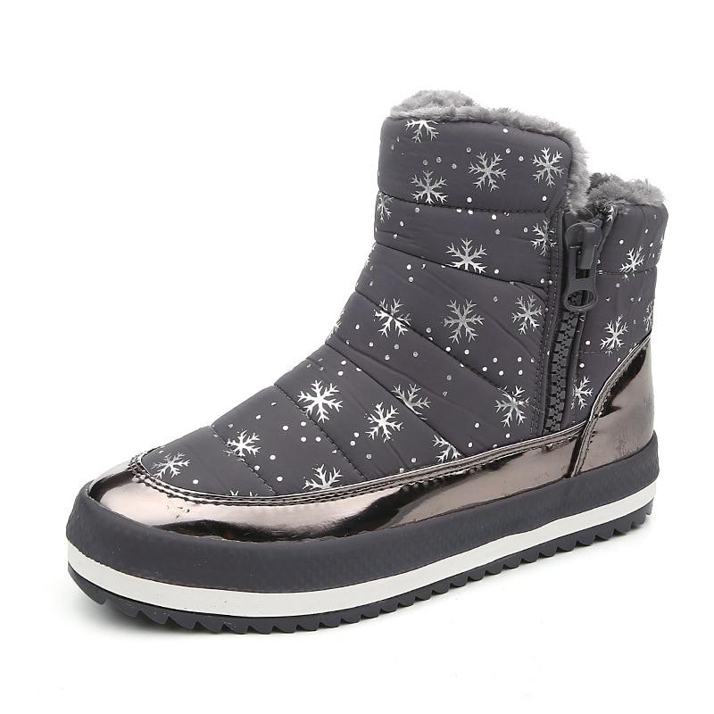 sports shoes f83f7 d7779 US $49.0 |Stivali donna scarpe invernali impermeabili stivali da neve  peluche pelliccia caldo scarpe antiscivolo suola morbida ragazza nizza  scarpe di ...