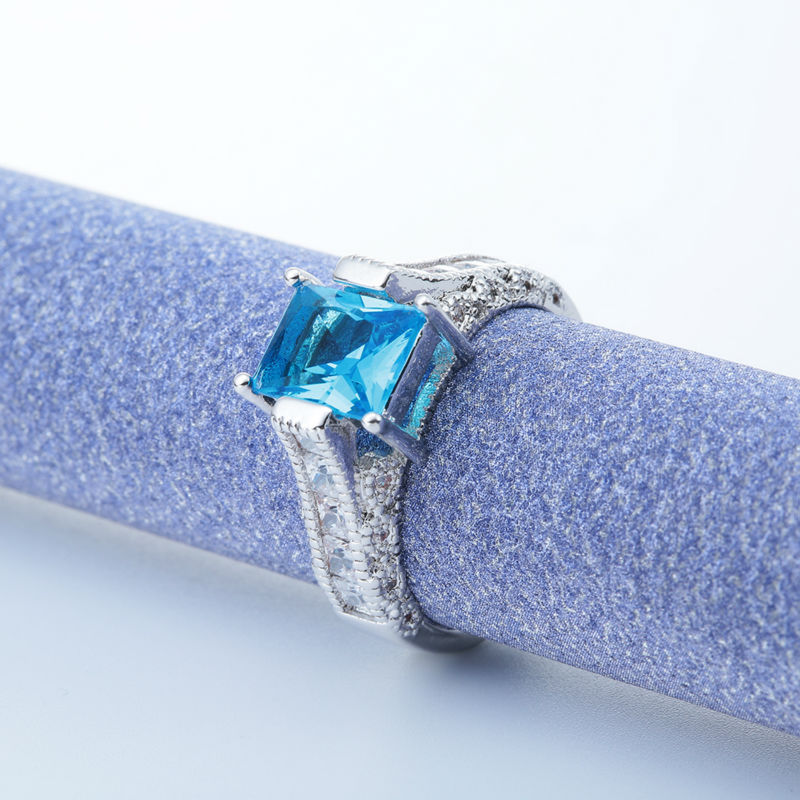 Gorgeous white gold plated princess cut blue topaz aquamarine note the photo does not show actual size please refer to description for size details color may very slightly due to the color calibration of each solutioingenieria Images