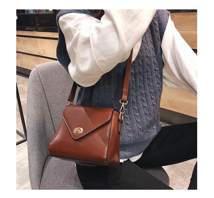 European Fashion Retro Ladies Square bag 2018 New High quality PU Leather Women's Designer Handbag Lock Shoulder Messenger Bags 12