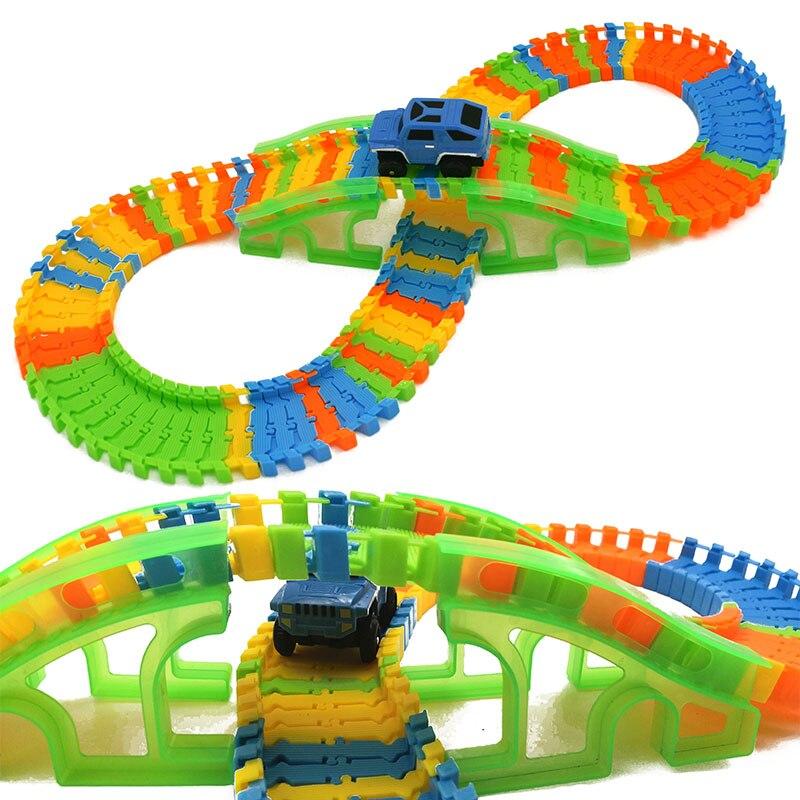 115 stücke DIY Stunt Track Auto Vielzahl Schiene Auto Modell Kreuz Brücke Recycle Run Pädagogisches Spielzeug für Kinder A- typ