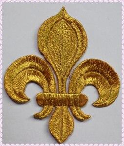 Image 4 - YACKALASI 20 stuks/partij Gouden Bloem Geappliceerd Lotus Ijzer op Borduurwerk Patches Fleur De Lis 10 8.5cm