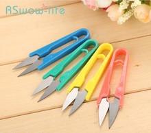 цена на 6Pcs Plastic Handle Color Yarn Small Scissors U-line Head Cut Cross Stitch Tool For Kitchen Special Tools