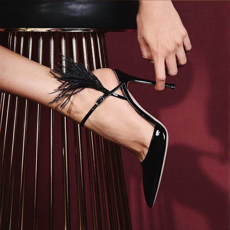 купить Patent Leather Woman Pumps High Thin Heel Slingback Woman Shoes Feather Decor Brand Runway Super Star Dress Party Shoes Stiletto по цене 6753.51 рублей