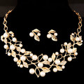 Sweet Style Imitation Pearl Beaded Crystal Leaf Golden Plated Chains Necklace Earrings Wedding Jewelry Set For Lady 2pcs/set