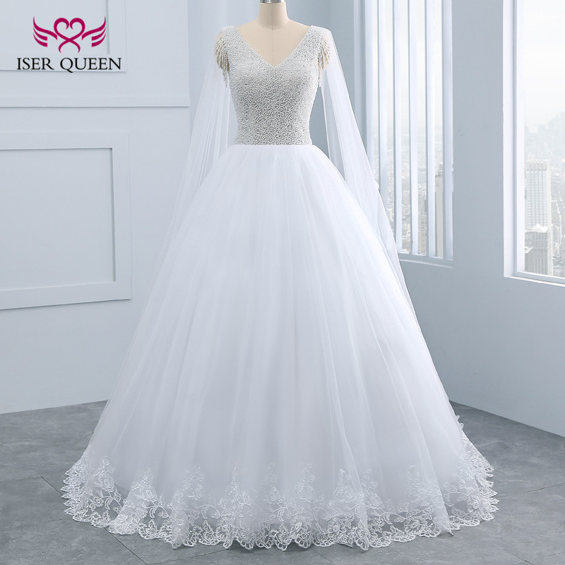 Ball Gown Lace Up V Neck Heavy Beautiful Pearls Beading Princess Wedding Dress  New White Vintage Wedding Dresses WX0098
