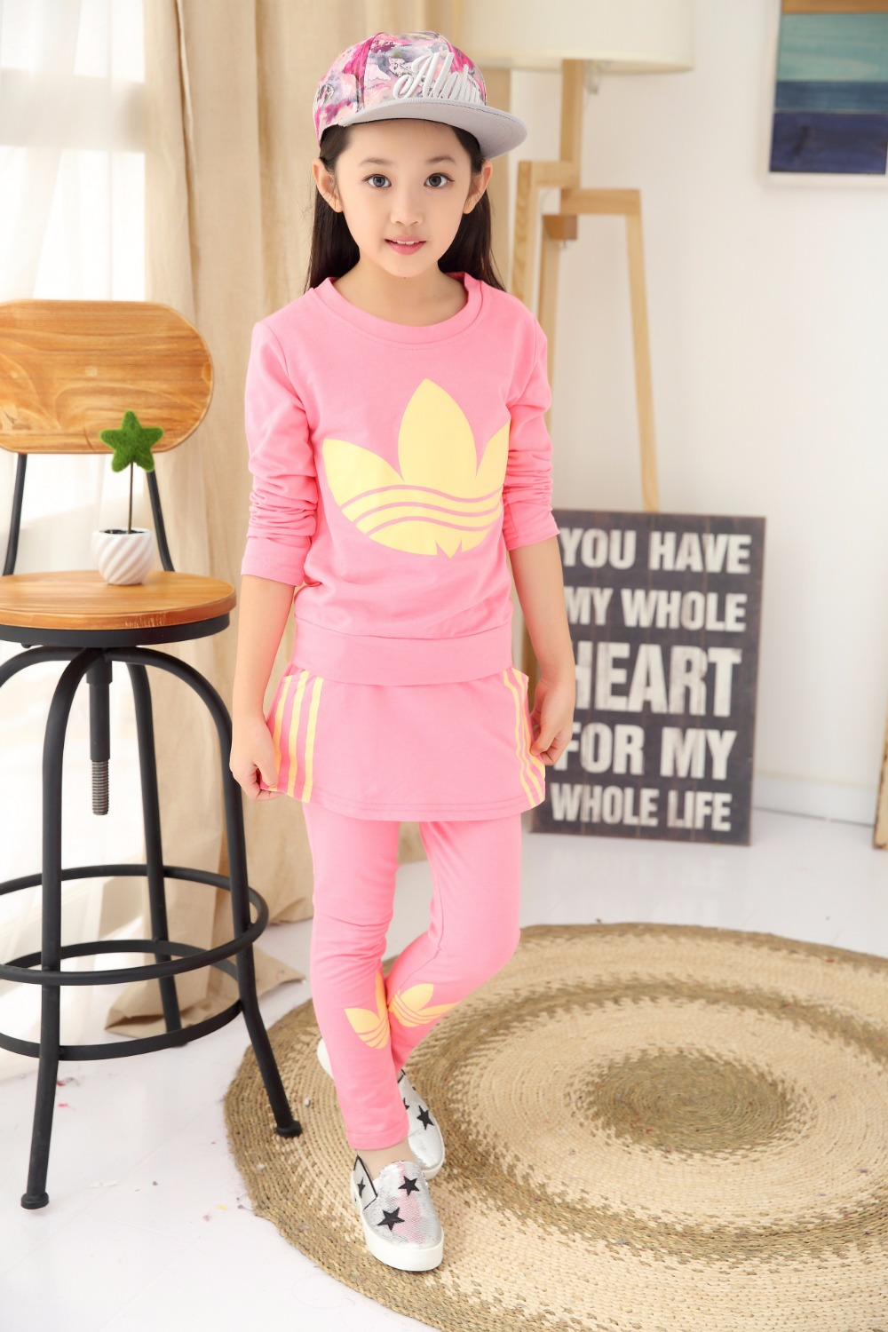 ФОТО The new trend of spring and autumn in the girls' two piece suit cotton long sleeved sweater