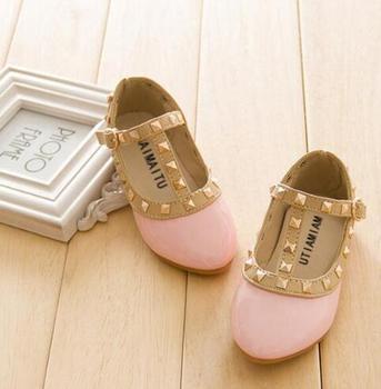 351d9c3d 2018 Venta caliente PU cuero niños niñas princesa tacón bajo niños mary  jane Zapatos Niño bebé remache T -Zapatillas con correa