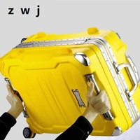 Rolling luggage men and women suitcase Aluminium frame spinner suitcase Hardside luggage for students