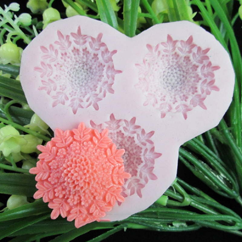 3 hole flowers Arylic Resin Flower silicone mold,fondant molds,sugar craft tools,chocolate mould ,soap candle molds for cakes
