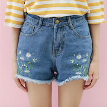 New loose burly flowers embroidered denim shorts casual all-match women shorts