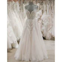 New Graceful Lace Appliques Tulle Wedding Dress Backless Spaghetti Strap A Line Sweep Train Long Bridal Gowns Robe De Mariee