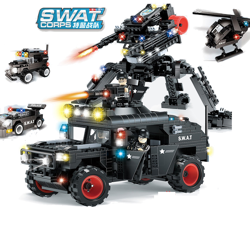 605pcs Children s educational building blocks toy Compatible city SWAT team 2 in 1 armed Hummer