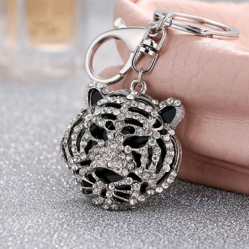 2018 NoEnName_Null New style cool breeze cold black tiger head key ring free freight key ring