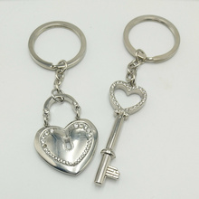 Creative High-grade Heart Lock Key Couple Silver Keychain Crystal Ring Valentines Day Gift