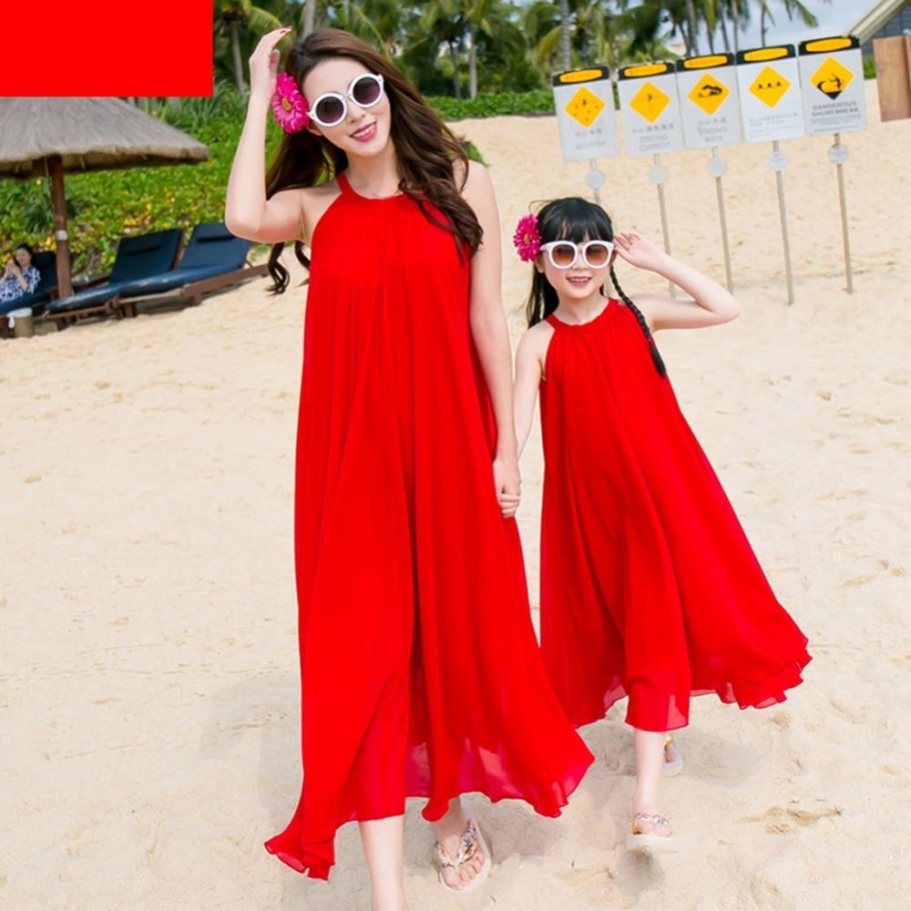 2018 летние «Мама и я» Семейный комплект платьев для матери и дочери одежда пляжное платье для мамы и дочки комплекты одинаковой одежды для ре...
