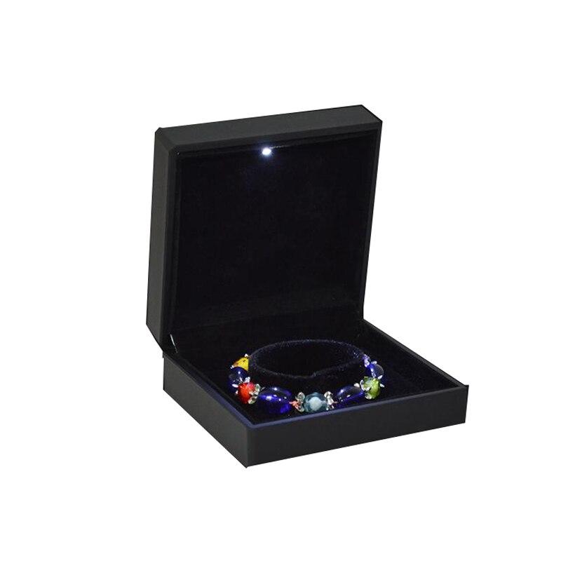מפואר שחור גומי הצבוע Led זרקור תיבת צמיד קופסא מתנת קופסות אריזת תכשיטי צמיד קופסות מקרה תכשיטי אירוסין