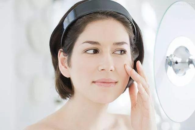 油性皮肤怎么改善?这4招要学会
