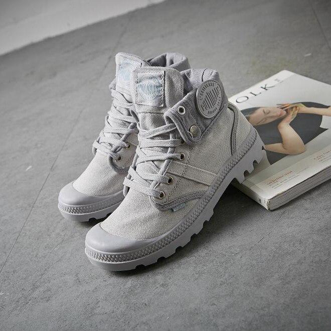 Модные высокие кроссовки; парусиновая обувь; женская повседневная обувь; цвет белый, красный, серый; женская обувь на плоской подошве со шнуровкой; однотонная обувь инструкторов