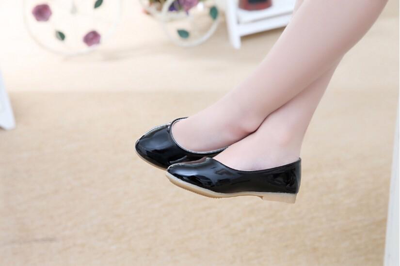 girl leather shoe-26