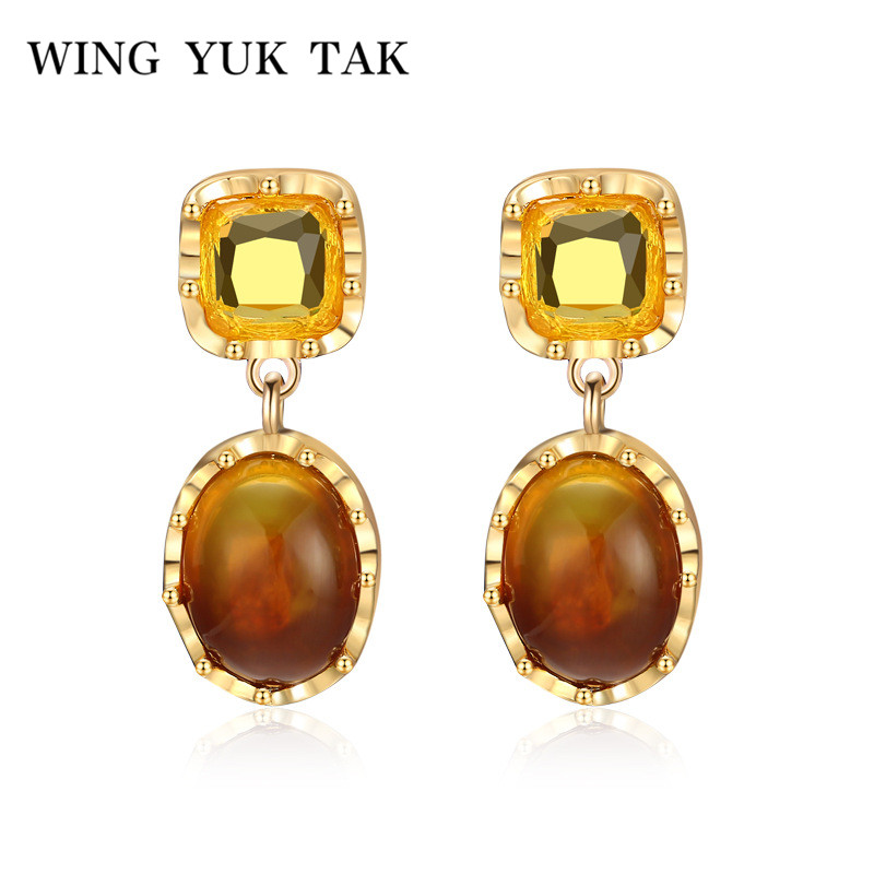 wing yuk tak Ethnic Vintage Two Tone Resin Transparent Statement Stud Earrings For Women Hollywood Star Jewelry