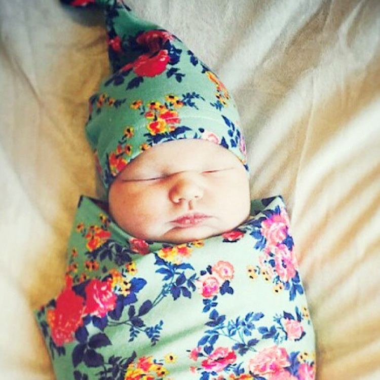 2017 תינוק תינוק החדש ילדה boy בגדי אופנה חמה פרחוני hat + סטי שמיכות יילוד צילום משעין סיטונאי ממפעל חדש