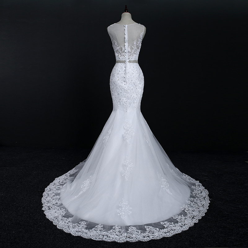 Sleeveless O-neck Lace Crystal Mermaid Wedding Dress