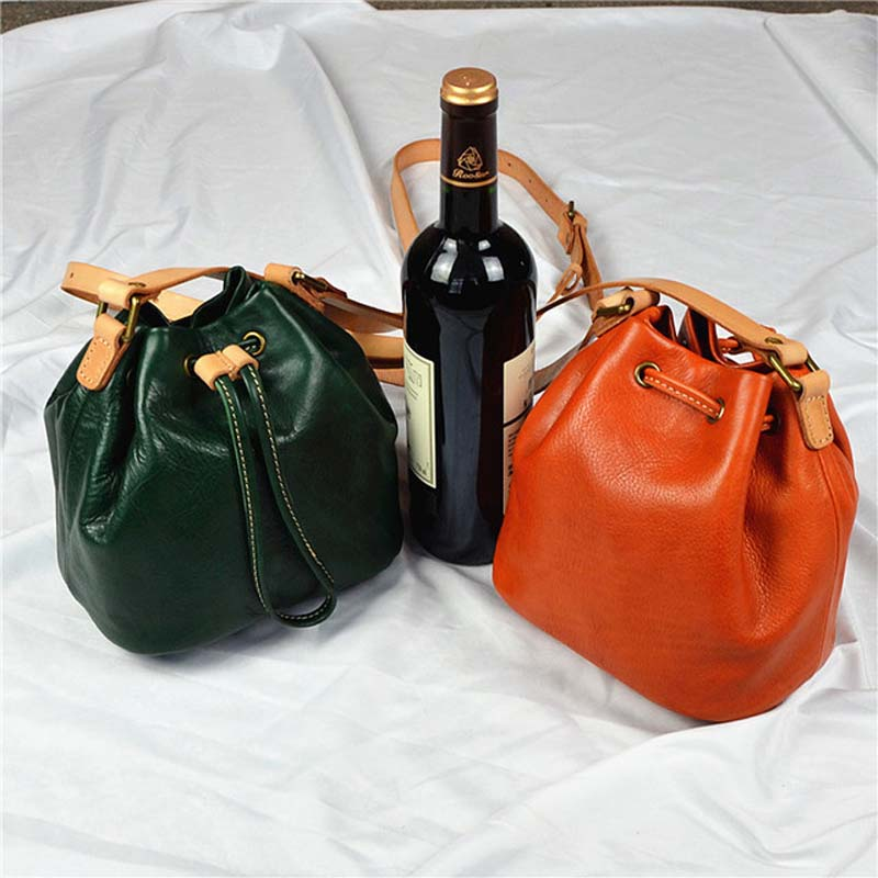 New bucket retro handbags hand planted suede women bag bundle mouth tassel fashion simple Messenger bag