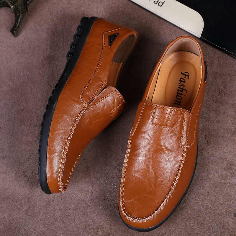 Mocasines de cuero 2019 mocasines suaves zapatos de verano para hombres zapatos de conducción deslizantes para hombres mocasines hombres zapatos planos casuales hombre RMC-043