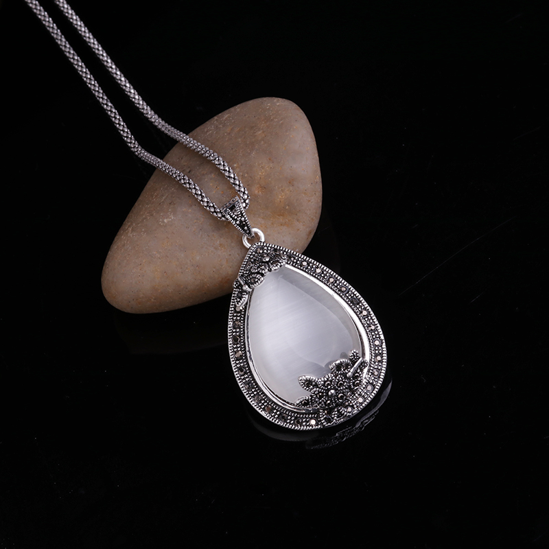 HTB1etbiPXXXXXcoapXXq6xXFXXXv - Feelgood Vintage Silver Color Jewellery Big Water Drop Pendant Necklace Set Natural Stone White Opal Jewelry Sets For Women Gift