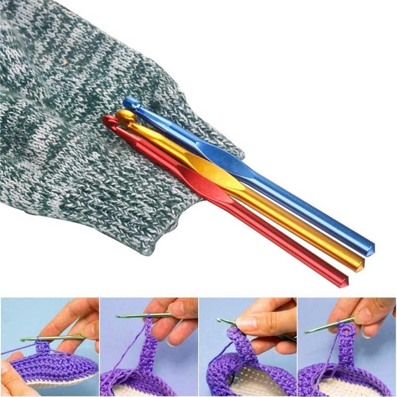 Koknit 1 pcs 알루미늄 크로 셰 뜨개질 후크 여러 가지 빛깔의 혼합 2-10mm 뜨개질 바늘 후크 diy 공예 원사 엄마의 선물을위한 바느질 바늘