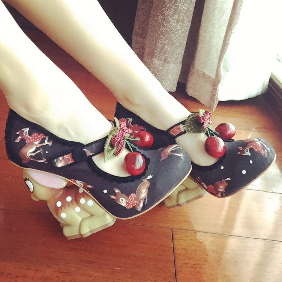 2017 Latest New Round Toe Rabbit Pumps Animal Embroidery Cherry Embellished High Heels Sweet Wedding Party Dress Shoes Women цена 2017