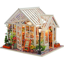 DIY Dollhouse Wooden Doll Houses Miniatyrer for dukker dukkehus Møbler Kit dukkehus Leker til barn Gift Sosa Greenhouse
