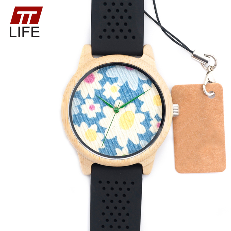 ФОТО TTLIFE Fashion Luxury Blue Flower Bamboo Woodenwatches With Black Silicone Straps Wood Quartz Watch 2017 in Metal Boxes D21