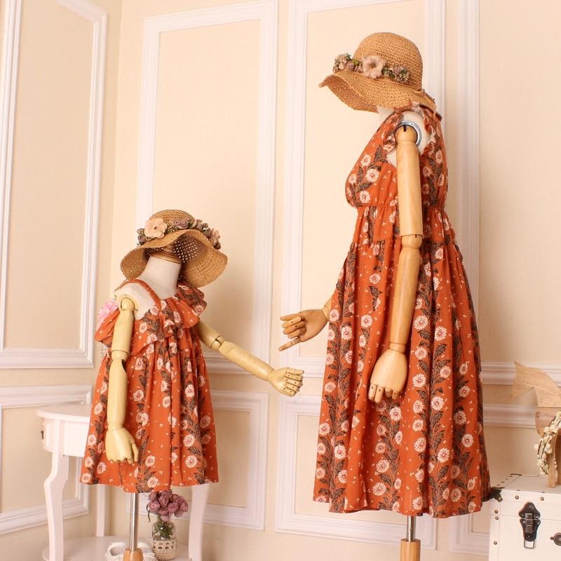 Famille correspondant robes mère fille plage été robe vêtements fleurs bohême Style vêtements décontractés pour femme maman et fille