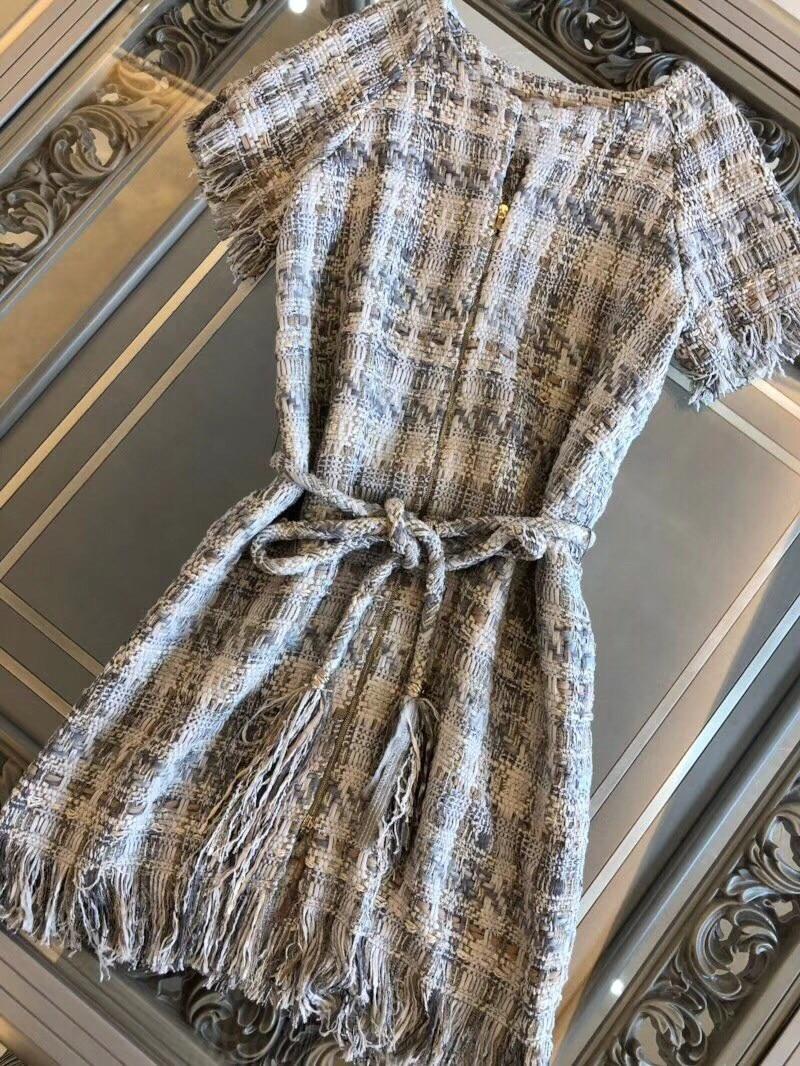 18 autumn Fashion show women's high-end quality tweed woven lace tassel dress Short sleeve miniskirt lattice Belt mini dress 1