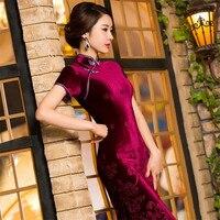 2018 Novo Vermelho de Veludo Elegante Gola Mandarim Chinês Mulheres Vestido Vintage Longo Qipao Cheongsam Lady Flower Bainha M-3XL